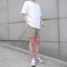 Korean Street Fashion - Life Is Fun Silo Short Outfits, Trendy Outfits, Fashion Outfits, Fashion Trends, Fashion Hats, Korean Fashion Casual, Korean Street Fashion, Look Fashion, Mens Fashion