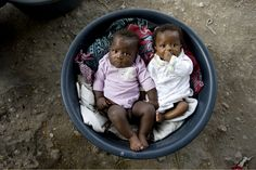 Kids after the earthquake in Haiti. By Documentary photographer Alison Wright