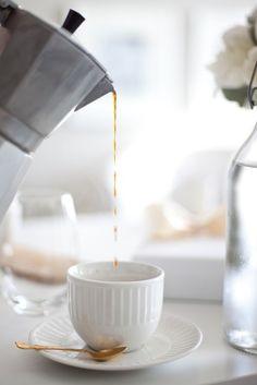 """theviiiiiiiiiiisual: """"Caffeine isn't a drug,..."""