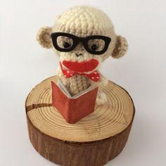 ソックモンキーのあみぐるみバージョンです♪ソックモンキースマイルで癒してくれますよ(*^O^*)♡ 誕生日:2014年7月26日♡ 性別:男の子♡ 身長: 8...|ハンドメイド、手作り、手仕事品の通販・販売・購入ならCreema。