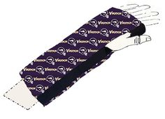 Injury got you on the sidelines? Support your team w/these stylish cast covers! http://ouchiewear.com Share the fun!
