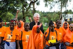 Bill Clinton visits Solar Sister site in Tanzania, where women are empowered by clean energy | Inhabitat - Sustainable Design Innovation, Eco Architecture, Green Building
