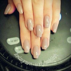 Beautiful squoval nails design , acrylic squoval nails are the combination of round and square nails. Short Acrylic Squoval Nail ideas to try Nail Shapes Squoval, Acrylic Nail Shapes, Acrylic Nail Designs, Nails Shape, Perfect Nails, Gorgeous Nails, Nude Nails, Gel Nails, Nail Polish