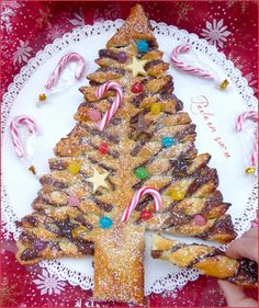 Nutella flaky fir Pearl in sugar Xmas Food, Christmas Cooking, Christmas Desserts, Christmas Treats, Xmas Cookies, Gingerbread Cookies, Nutella Pancakes, Merry Christmas Greetings, Cooking Time