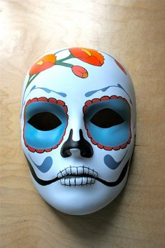 alternative for 8th papier mache masks: sharpie day of the dead <3