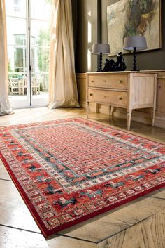 The Kashqai range offers a superbly finished collection of rugs which are very durable and are designed for heavy use.   Kashqai is made from superb quality worsted yarn and is 100% Wool, manufactured to the highest standards in Flanders. This statement rug would be the perfect addition to any home, available in a range of colours and sizes to compliment any décor.