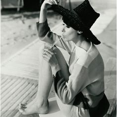 I just love Audrey Hepburn and her style. Very classy.