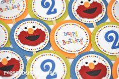 Elmo cupcake picks...peasandthankyous.com