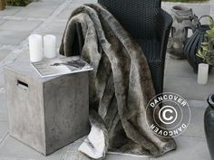 On my wishlist - Faux Fur Blanket from CosyLifeStyle by Dancover