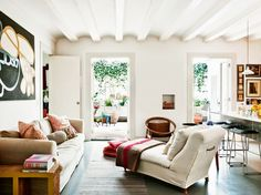 Rustic Modern Living Room With Linen Chaise Lounge