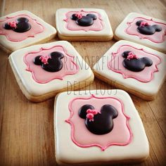 Minnie Mouse Decorated Cookies by Grunderfully Delicious-Find Me on Facebook