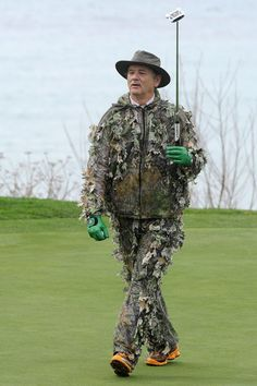 Bill Murray is such a ham! Makes celebrity golf a hoot!  And dresses up for the occasion!