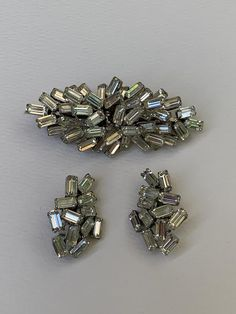 Antique Stores, Vintage Earrings, Austria, Etsy Earrings, Earring Set, Costume Jewelry, Rhinestones, Vintage Items, Brooch