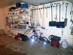 Stacy's garage shelves - The Dale Maley Family Web Site