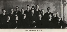 1905 Phi Delta Phi Fraternity.  From 1906 Webfoot (UO Yearbook).  www.CampusAttic.com