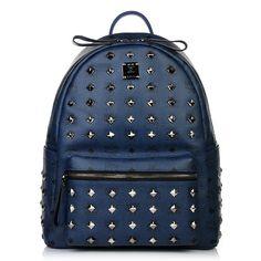 Auch blau ist mal wieder im Trend, zusammen mit Nieten ergibt es eine lässige Kombi -   Blue is trendy, combined with rivets it's even more fashionable!   Stark Backpack Medium Front Studs Navy, MCM — Fashionette