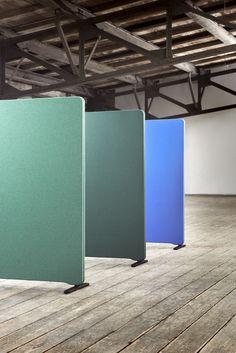 Panel de separación móvil de pié Colección Edge by Lintex | diseño Christian Halleröd