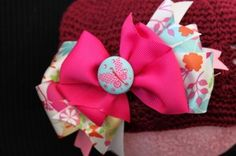 A tutorial on making hair bows. Free Instructions for making hair bows. Making Hair Bows, Diy Hair Bows, Cute Crafts, Crafts For Kids, Diy Crafts, How To Make Hair, How To Make Bows, Craft Projects, Sewing Projects