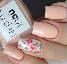 Solid Color With Floral Print Nails #floral #flower #beautiful #beauty #fashion #solidcolor #plain #fresh