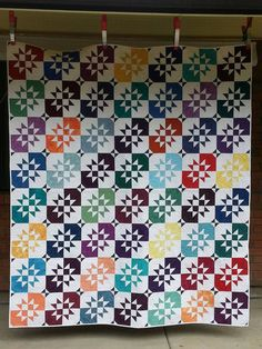 Custom Quilt//Modern Quilt//Double or Ful size//Stars//Disappearing Hourglass Quilt