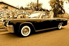 1962 Lincoln Continental.   This is my freakin dream car. Just like this.