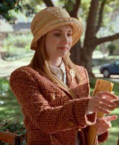 Tweed jacket, very classy. This is Emma Roberts as Nancy Drew