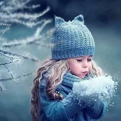Photography Winter Family Baby Photos 64 New Ideas Snow Photography, Christmas Photography, Children Photography, Amazing Photography, Photography Poses, Winter Family Photos, Snow Family Pictures, Children Pictures, Foto Baby