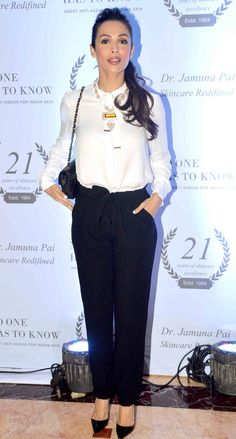Malaika Arora Khan at the launch of Dr. Jamuna Pai's debut book 'No One Has to Know'.