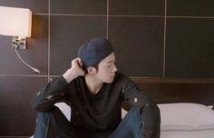 Las etiquetas más populares para esta imagen incluyen: winner y jinwoo