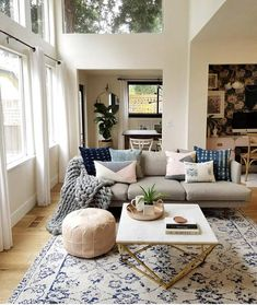 small living room and kitchen combined design Home Living Room, Apartment Living, Living Room Furniture, Living Room Decor, Apartment Design, Living Spaces, Small Room Design, Interiores Design, Home Interior Design