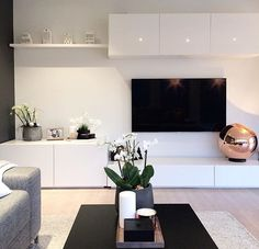 A importância de um móvel bem estruturado Die Bedeutung gut strukturierter Möbel Living Room Tv Unit, Ikea Living Room, Muebles Living, Home And Living, Coastal Living, Modern Living, Home Interior Design, Interior Colors, Decor Room