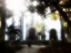 Iglesia de San Francisco by asotavento.com, via Flickr