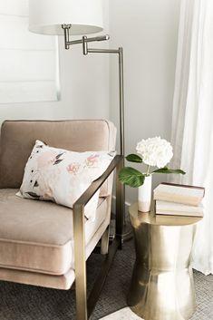 Vivienne Floral Pillow - Blush