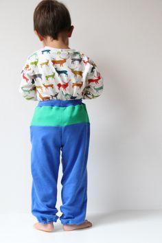 Návod a střih na dětské tepláky s kapsami a sedlem Harem Pants, Tutorials, Style, Fashion, Swag, Moda, Harem Trousers, Fashion Styles, Harlem Pants