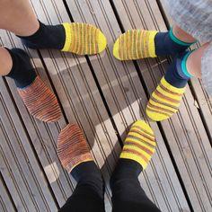 PITKÄT PALMIKKOSUKAT - OHJE My Socks, Leg Warmers, Knitting, Crochet, Diy, Fashion, Leg Warmers Outfit, Moda, Tricot