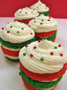 Christmas in July Red and Green Layer Cupcakes Recipe by Cupcakepedia