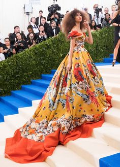 Met Gala 2017 Red Carpet Live: All the Celebrity Dresses and Fashion Zendaya in Dolce & Gabbana Alta Moda – Met Gala 2017 (probably one of my favs) 2014 Met Gala Red CarpetAll the Best Dresses of the Best-Dressed Ce Zendaya Met Gala, Moda Zendaya, Zendaya Style, Zendaya Fashion, Zendaya Dress, Fashion Outfits, Dress Fashion, Gala Dresses, Red Carpet Fashion