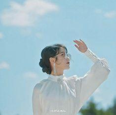 Lee Ji Eun shared by 카이레 Bbyu.// on We Heart It Lily Youtube, K Drama, Iu Fashion, Korean Actresses, Korean Artist, Korean Celebrities, Queen, Kpop Aesthetic, Korean Beauty
