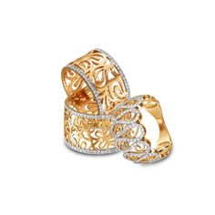 Red gold rings with small diamonds www.girls-best-friends.com