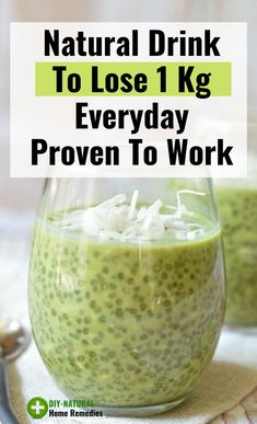 Natural drink to lose Weight every day that you can make at home using natural ingredients. This is by far, one of the best natural remedies on the planet for fast weight loss. Fat Loss Drinks, Fat Burning Detox Drinks, Diet Drinks, Healthy Drinks, Healthy Smoothies, Smoothie Recipes, Beverages, Smoothie Detox, Juice Recipes