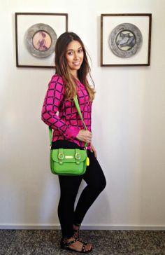 A Carlinha do Blog Equilibrio Sempre, montou um look lindo pra gente. Olhem que linda a combinação entre preto e pink  <3