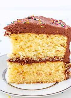This classic yellow cake with fudge frosting is like taking a page out of your childhood. The cake is rich, tender and delicate, then it's topped with a ton of creamy fudge frosting. Add sprinkles for fun! Fudge Frosting, Buttercream Recipe, Frosting Recipes, Cupcake Recipes, Cupcake Cakes, Cupcakes, Baking Recipes, Dessert Recipes, Best Fruitcake