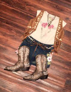 Loving our new arrivals! Toddler Cowgirl Outfit, Cowgirl Outfits, Western Outfits, Kids Western Wear, School Outfits, Kids Outfits, Texas Gold, Cowboy Boots, Rebel