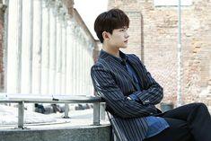 Yang Chinese, Yang Yang Actor, Intense Love, Beautiful Boys, Photo Book, Love Of My Life, Eye Candy, Actors, Books