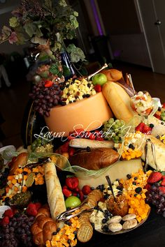 Bread & Cheese table - Hy-Vee Catering