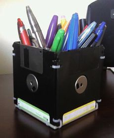 Make a Pen Holder Out of Floppy Disks