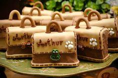 pães de mel decorado com pasta americana R$ 3,50