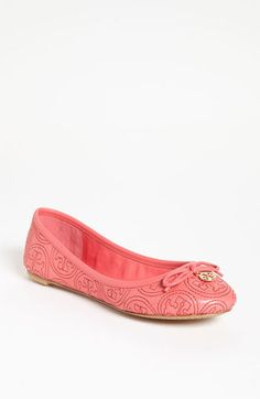 Great for Spring Tory Burch 'Chelsea' Flat in Pink