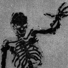 Aesthetic Grunge, Aesthetic Art, Aesthetic Pictures, Aesthetic Anime, Skeleton Art, Arte Obscura, Scary Art, Dark Anime, Dark Fantasy Art
