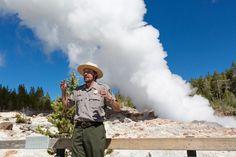 Mit diesen sieben Tipps der U.S. National Park Ranger steht einem unvergesslichen Ausflug in die amerikanische Wildnis nichts mehr im Weg.